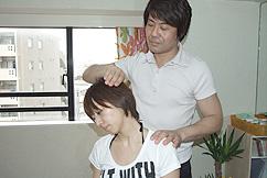 最後に骨格、神経、など痛み、の原因を説明する横浜ホーム整体HappyStyle